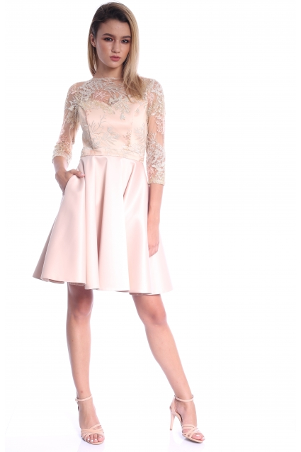 Rochie creme Roserry clos din broderie somon si tafta