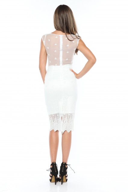 Rochie alba Roserry dreapta din broderie pe tulle