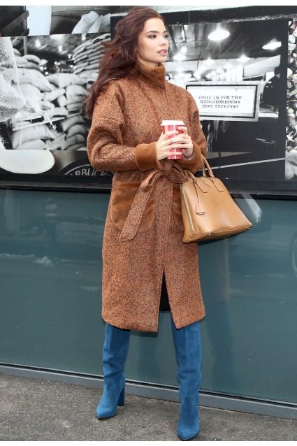 Palton maro Roserry oversize cu aplicatii din blana eco